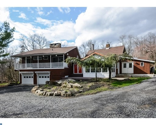 412 Center Hill Rd, Upper Black Eddy, PA - USA (photo 1)
