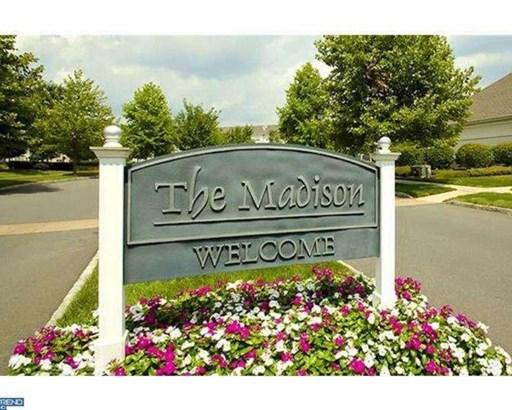347 Masterson Ct, Ewing Twp, NJ - USA (photo 2)