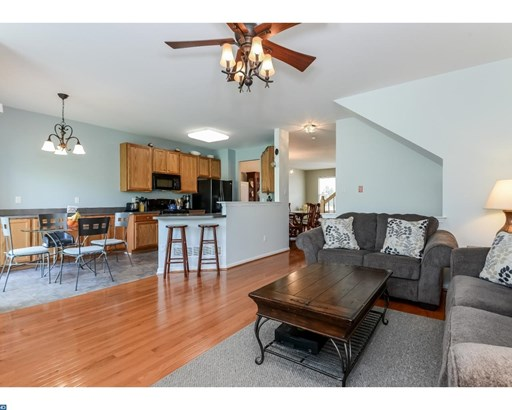 215 Coventry Rd, Chalfont, PA - USA (photo 4)