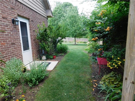 9158 Mccarty Street, Indianapolis, IN - USA (photo 4)