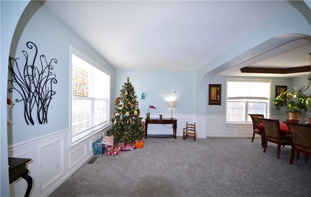 11014 Sunny Bluff Drive, Indianapolis, IN - USA (photo 5)