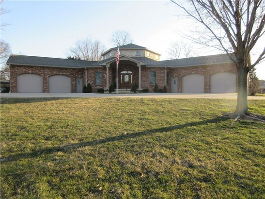 122 West Mckay Road, Shelbyville, IN - USA (photo 1)