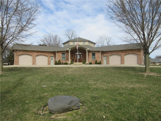 122 West Mckay Road, Shelbyville, IN - USA (photo 2)