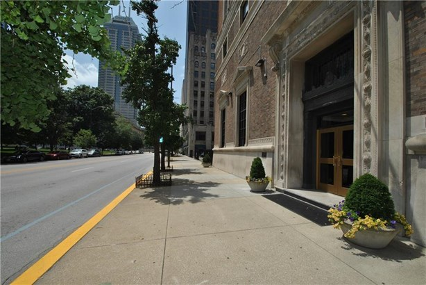 350 North Meridian Street 804, Indianapolis, IN - USA (photo 2)