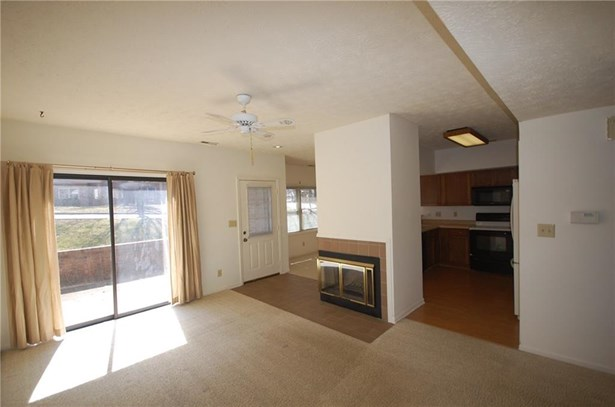 9570 Maple Way 8, Indianapolis, IN - USA (photo 3)