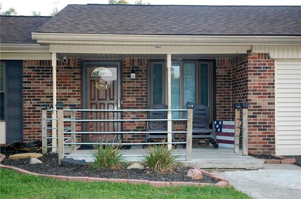 7642 Moultrie Court, Indianapolis, IN - USA (photo 2)