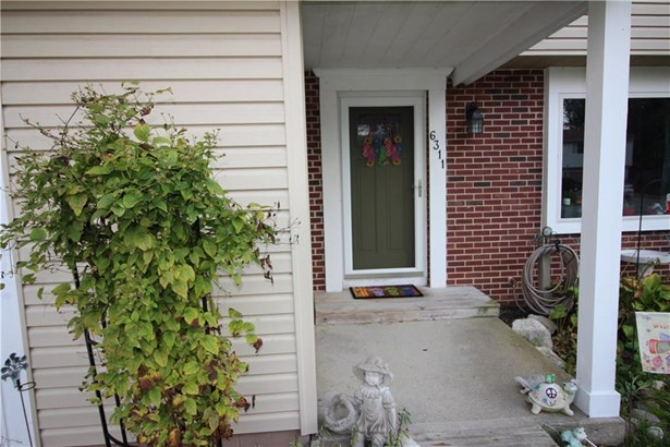 6311 Roberts Creek Lane, Indianapolis, IN - USA (photo 2)