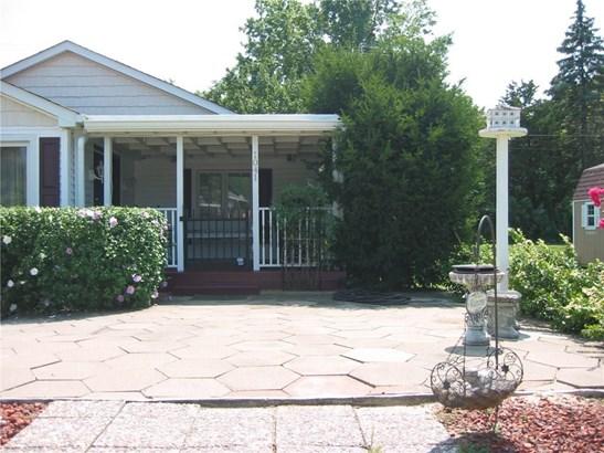 1041 East Castle Avenue, Indianapolis, IN - USA (photo 2)