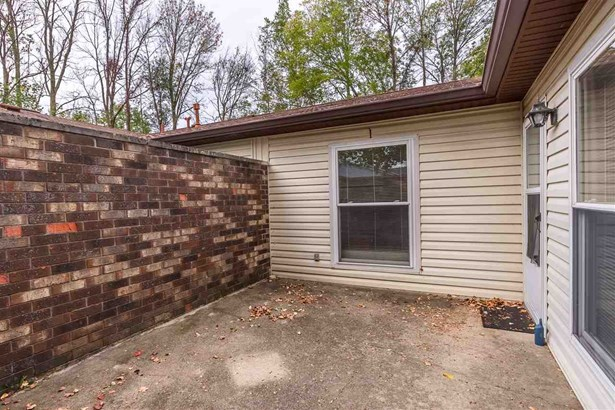 3372 S Commons Drive, Bloomington, IN - USA (photo 3)