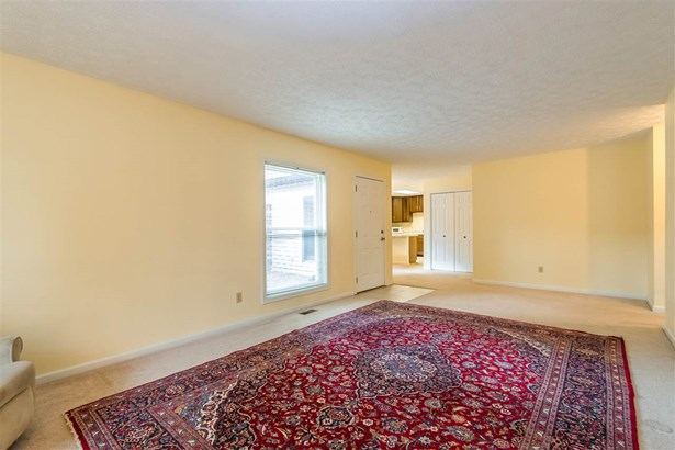 3372 S Commons Drive, Bloomington, IN - USA (photo 5)