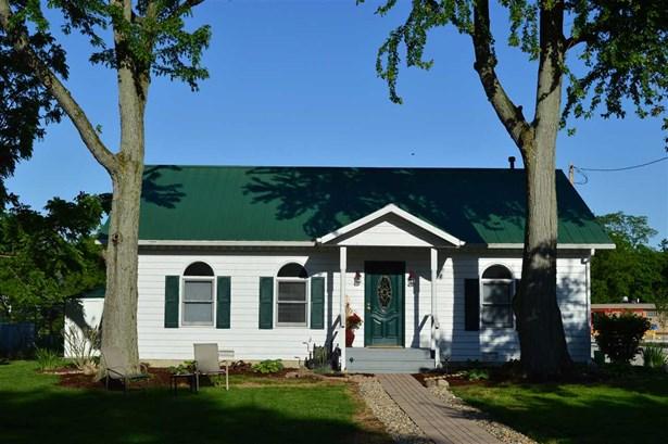 8101 S Walnut St., Daleville, IN - USA (photo 1)