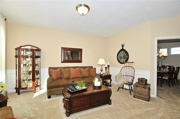6398 West Clearview Drive, Mccordsville, IN - USA (photo 3)