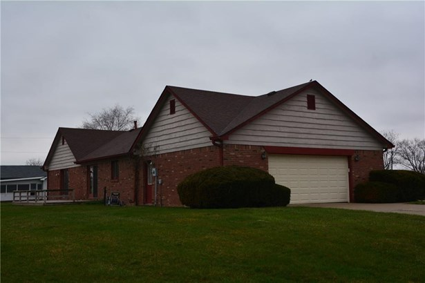 1103 Maple Drive, Shelbyville, IN - USA (photo 2)
