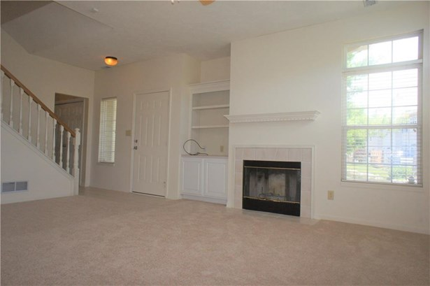 8130 Windham Lake Terrace, Indianapolis, IN - USA (photo 5)