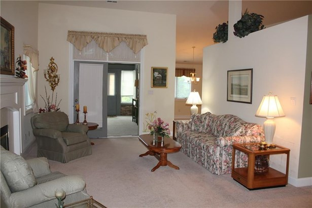 917 Summerlin Court 80, Anderson, IN - USA (photo 2)