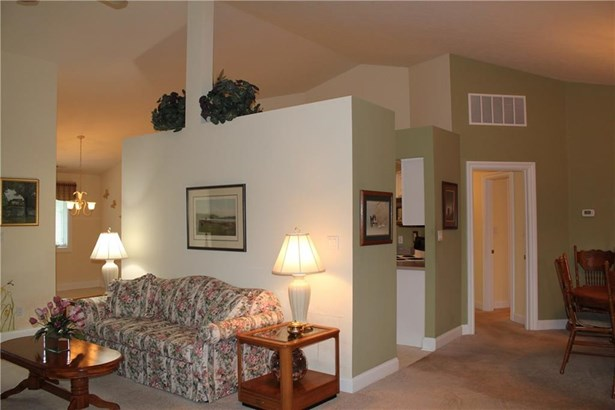 917 Summerlin Court 80, Anderson, IN - USA (photo 3)