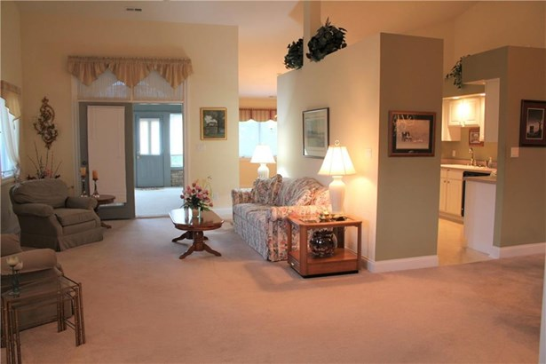 917 Summerlin Court 80, Anderson, IN - USA (photo 4)