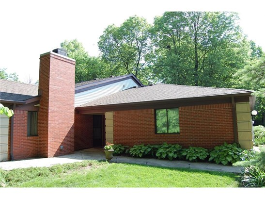 9260 Golden Woods Drive, Indianapolis, IN - USA (photo 1)