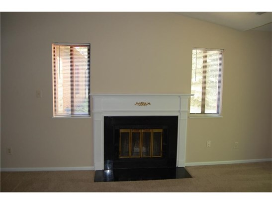 9260 Golden Woods Drive, Indianapolis, IN - USA (photo 5)