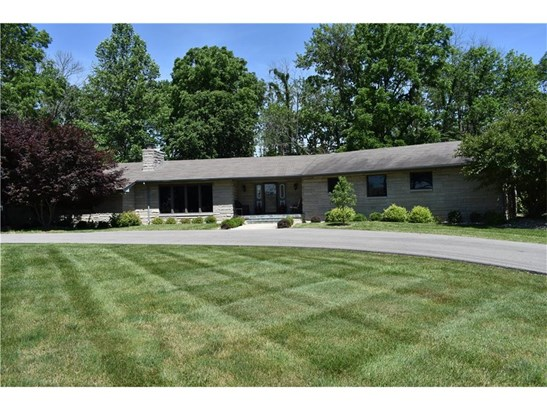 2076 North Morristown Road, Shelbyville, IN - USA (photo 1)