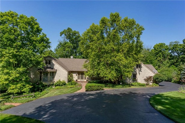 8102 Bramwood Court, Indianapolis, IN - USA (photo 1)