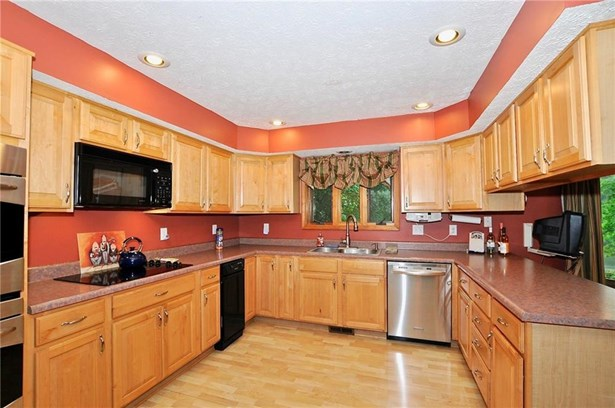 124 East Knobb Hill Drive, Martinsville, IN - USA (photo 4)