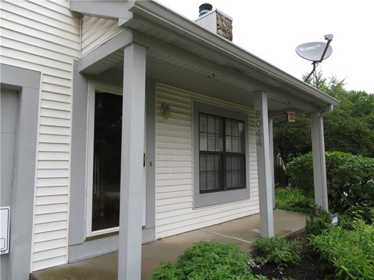 8044 Valley Farms Court, Indianapolis, IN - USA (photo 3)