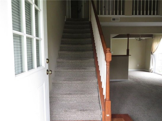 8044 Valley Farms Court, Indianapolis, IN - USA (photo 4)