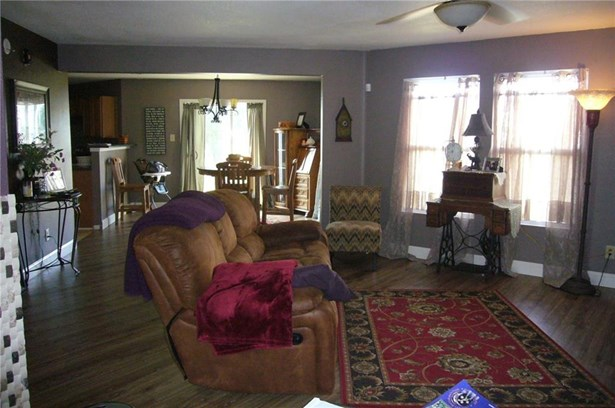 2032 Cedarmill Drive, Franklin, IN - USA (photo 4)