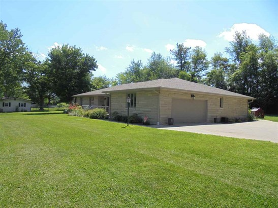 117 Pleasant View Dr, Mitchell, IN - USA (photo 2)
