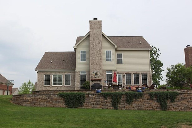 7875 Whiting Bay Drive, Brownsburg, IN - USA (photo 2)