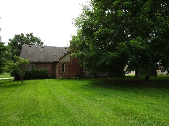 784 Whispering Trail, Greenwood, IN - USA (photo 4)