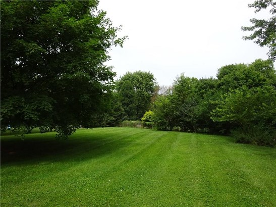 784 Whispering Trail, Greenwood, IN - USA (photo 5)