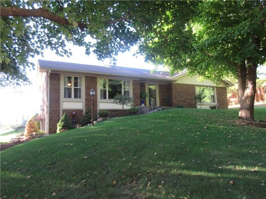 2218 Graham Drive S, Shelbyville, IN - USA (photo 2)