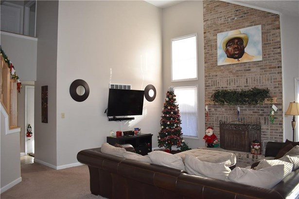 5750 Rolling Pines Court, Indianapolis, IN - USA (photo 4)