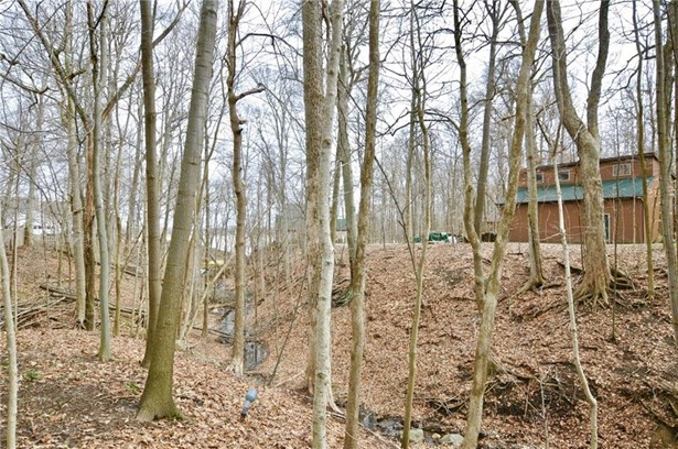 16 Timber Ridge Court, Cicero, IN - USA (photo 2)