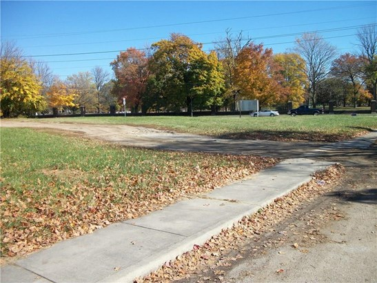 3302 Dr M King Jr Street, Indianapolis, IN - USA (photo 1)