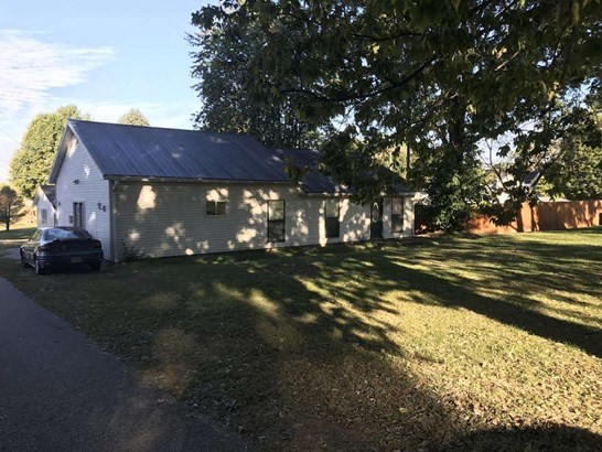 1150 Nw 5 Th St, Linton, IN - USA (photo 4)
