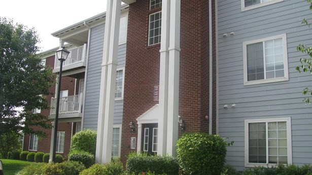 2312 Remington Way 4301, Lexington, KY - USA (photo 1)