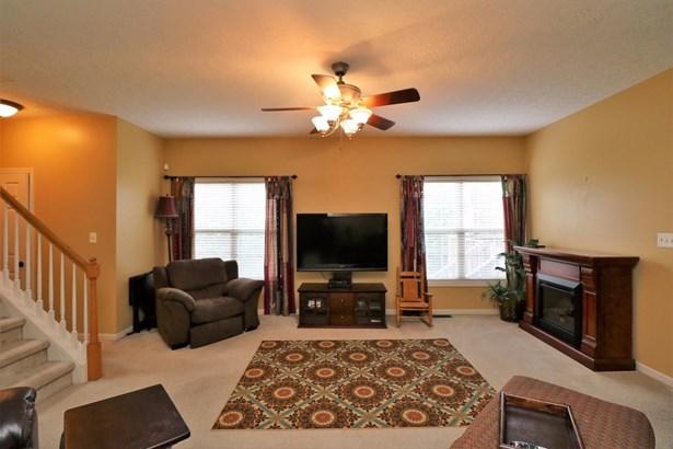 3645 Winthrop Drive, Lexington, KY - USA (photo 2)