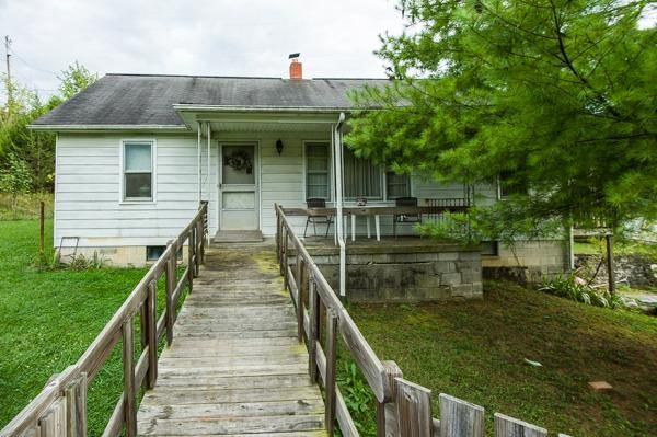 1852 Minors Branch Road, Stamping Ground, KY - USA (photo 1)