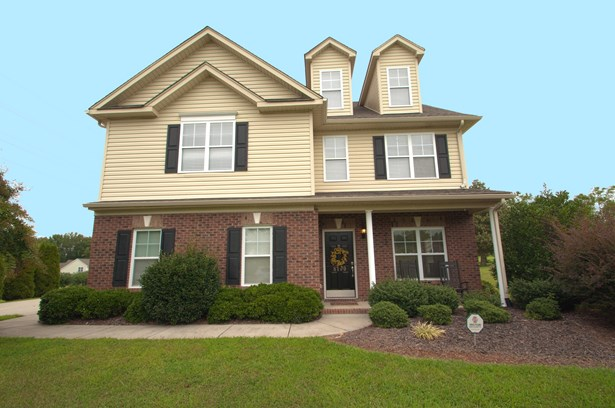8100 Broad Ridge Court, Browns Summit, NC - USA (photo 1)