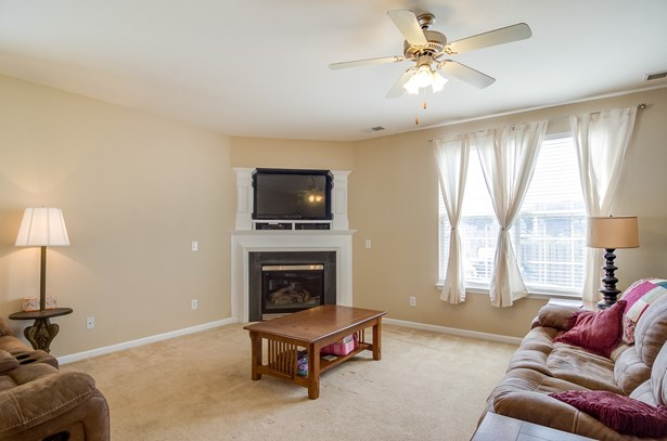 747 Celtic Crossing Drive, High Point, NC - USA (photo 5)