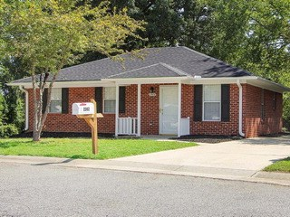 2302 Pine Knoll Terrace, Burlington, NC - USA (photo 1)