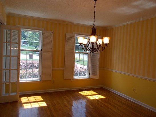 8 Sawmill Court, Greensboro, NC - USA (photo 5)
