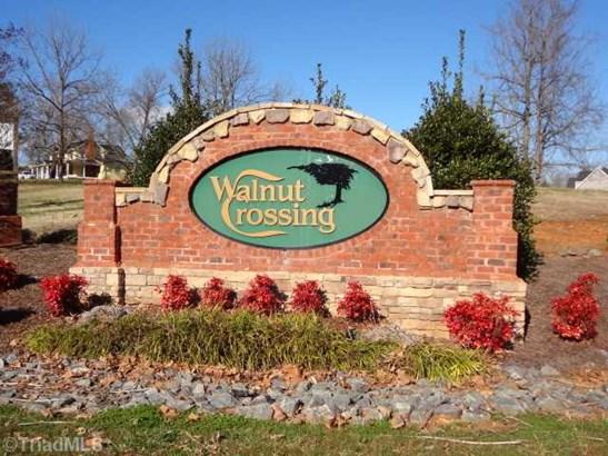 2117 Walnut Crossing Run, Yadkinville, NC - USA (photo 1)