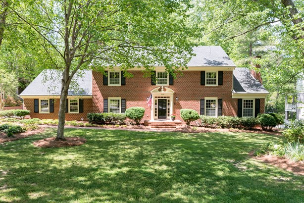319 Willoughby Boulevard, Greensboro, NC - USA (photo 1)