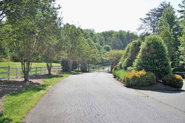545 Belmeade Way Trail, Lewisville, NC - USA (photo 1)