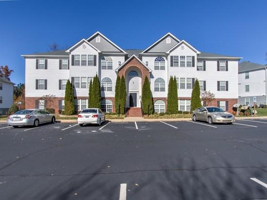 4335 Cedarcroft Court, Greensboro, NC - USA (photo 1)
