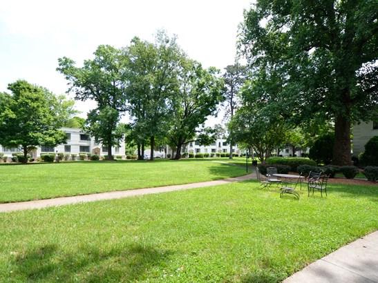 1700 N Elm Street, Greensboro, NC - USA (photo 2)